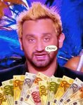 cyril-hanouna-blonds-euros-argent.jpg